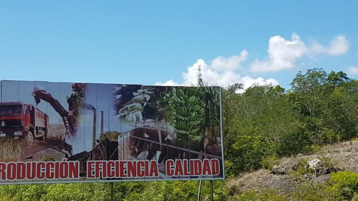 propaganda in cuban highways